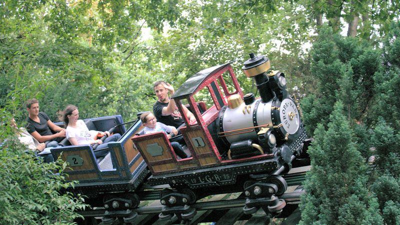 Achterbahn für Kinder: der Alpenexpress