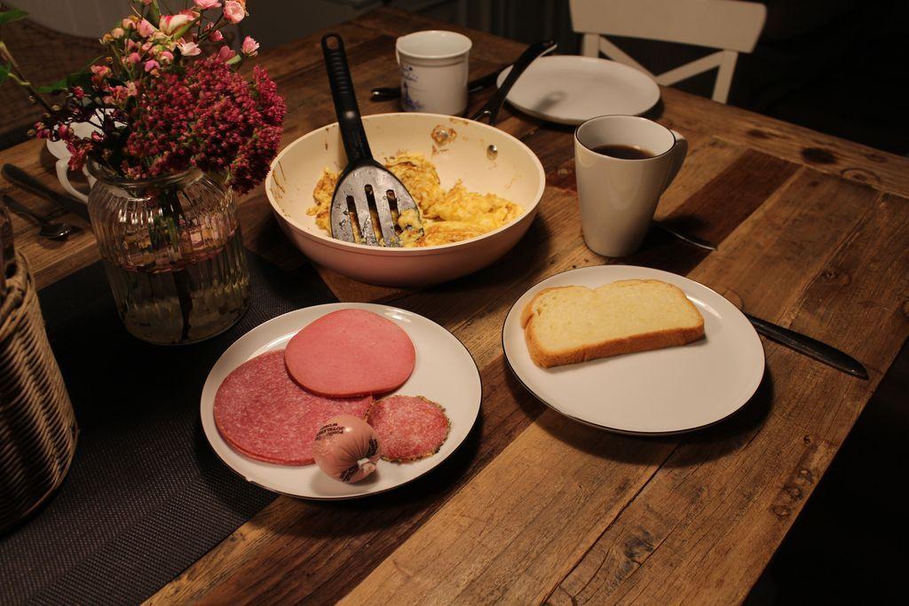Ferienwohnung Tesje | Gemütliches Frühstücken